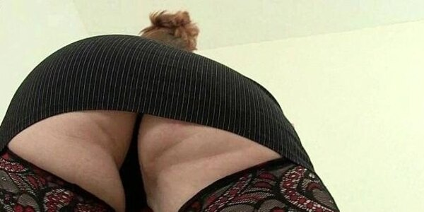british mom loves to be your naughty secretary