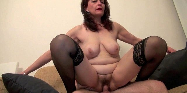 i really want to fuck you mom