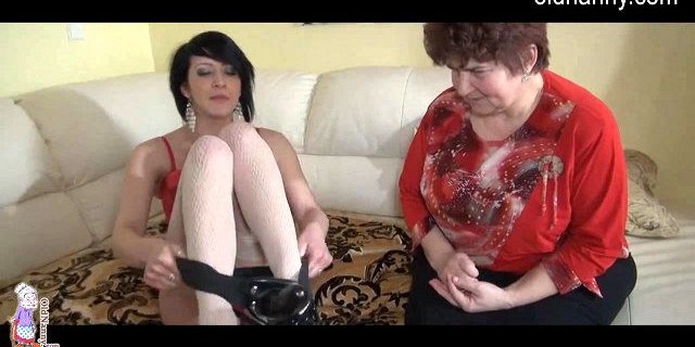 granny hot young and sextoy