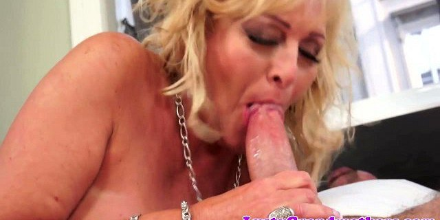 dicksucking euro granny banged by fat cock