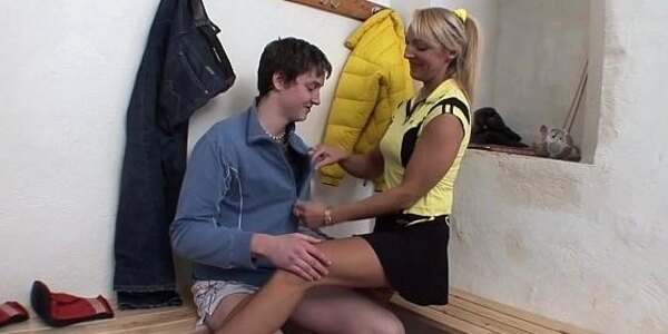 blonde lady and young cock dressing room fun