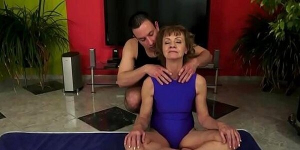 saggytit grandma anally fucked and toyed